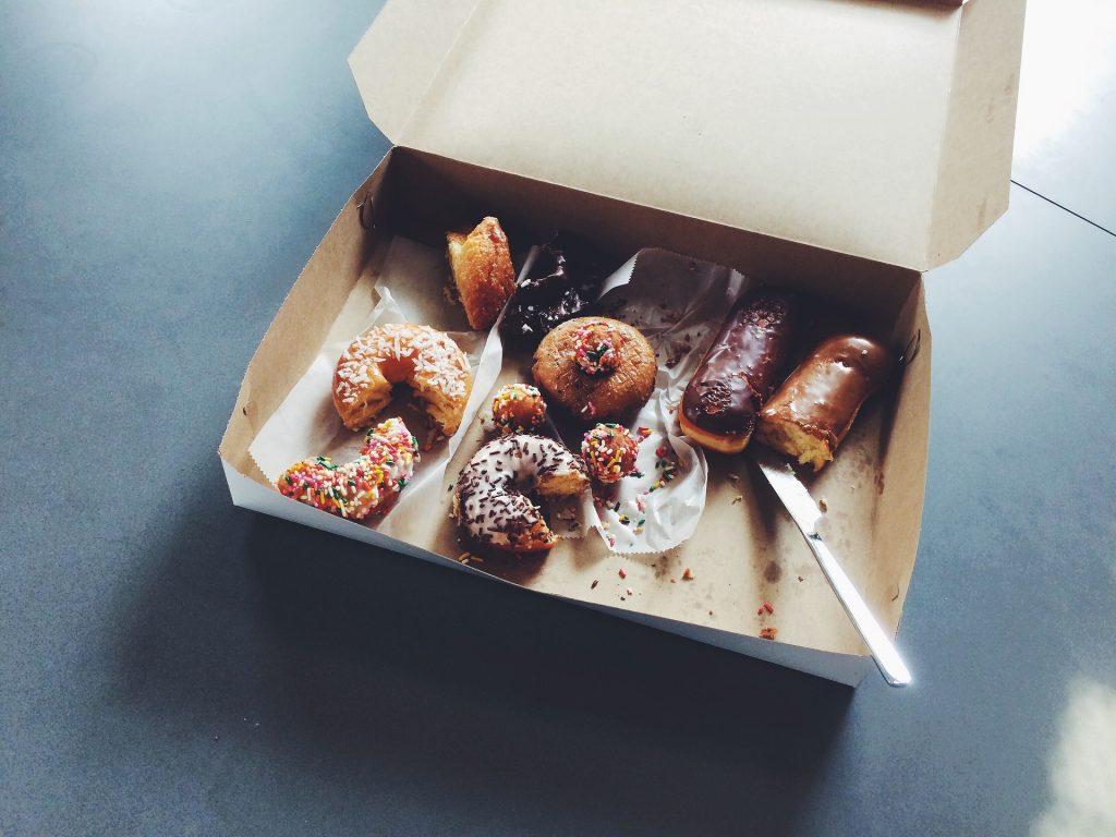 doughnuts 1209614 1920 1
