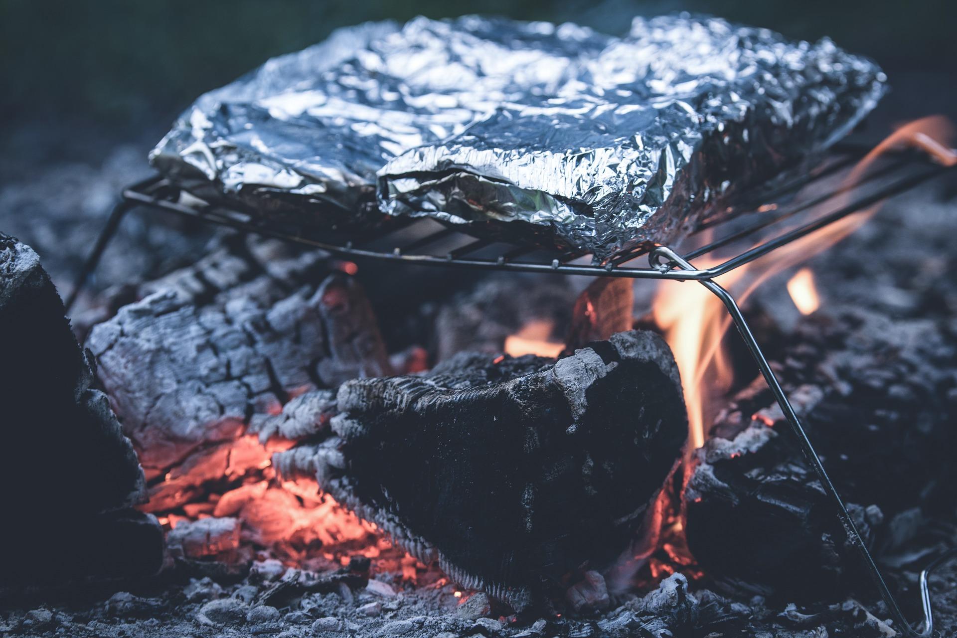 Amankah Menggunakan Aluminium Foil Untuk Makanan?